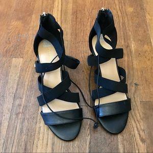 Liz Claiborne, Black Heels